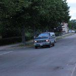 ein amerikanischer Kleinbus in den Straßen von Borgholm